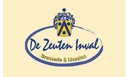 IJssalon De Zeuten Inval, Velden